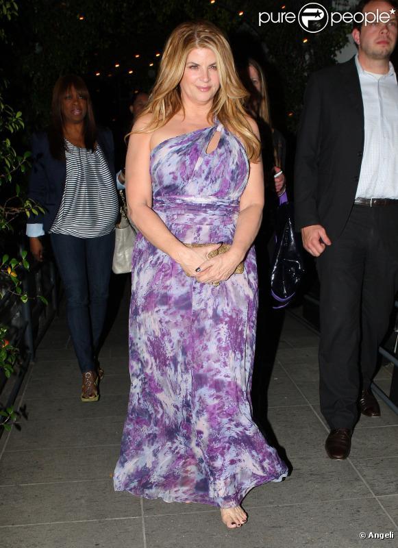 Kirstie Alley se rend au dîner pour célébrer la 12e saison de Dancing with the stars à Hollywood le 1er mars 2011