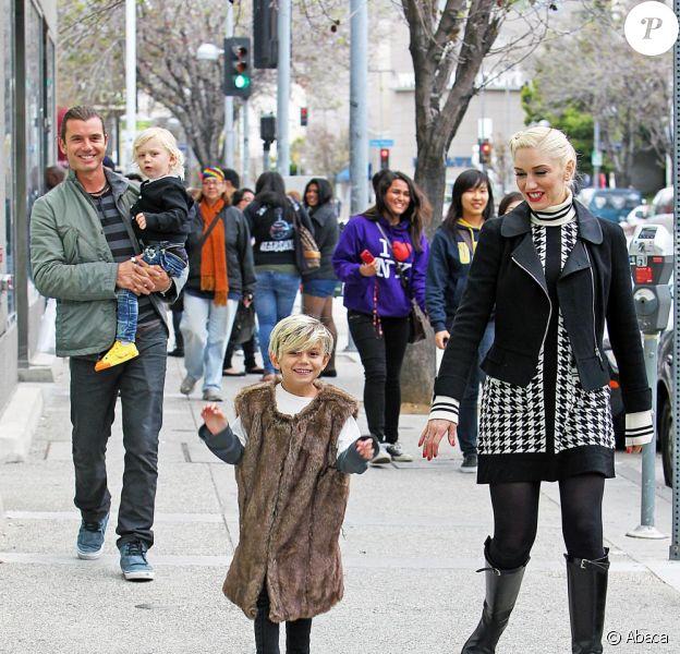 Gwen Stefani, son mari Gavin Rossdale et leurs fils Kingston et Zuma, en virée à Los Angeles le 26 mars 2011