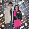 Elizabeth Bourgine et son fils Jules à la remise des prix Patrick-Dewaere et Romy-Schneider, au Bon Marché, le 4 avril 2011, à Paris.