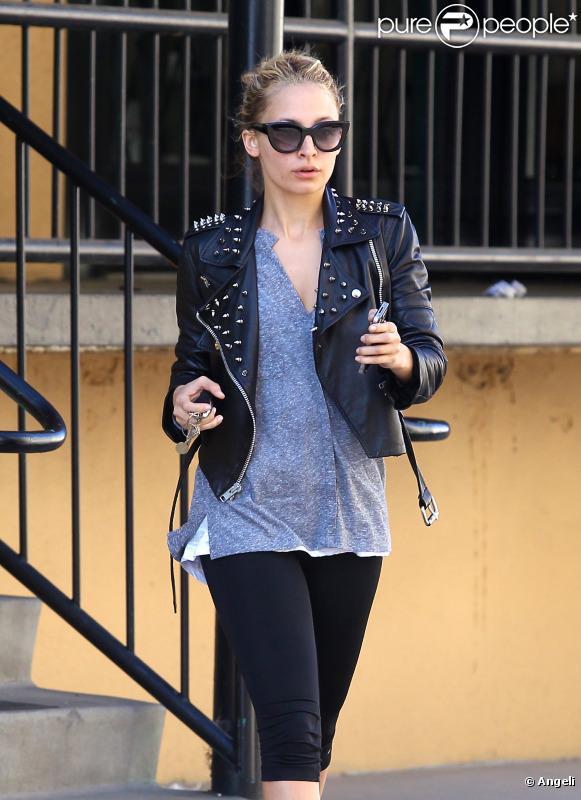 Nicole Richie sort de son cours de gym, le 8 avril 2011 à Los Angeles
