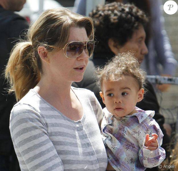 Ellen Pompeo et Stella, à Studio City, à Los Angeles. 10 avril 2011
