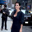 Courteney Cox dans un total look noir pour aller sur le plateau de David Letterman à New York