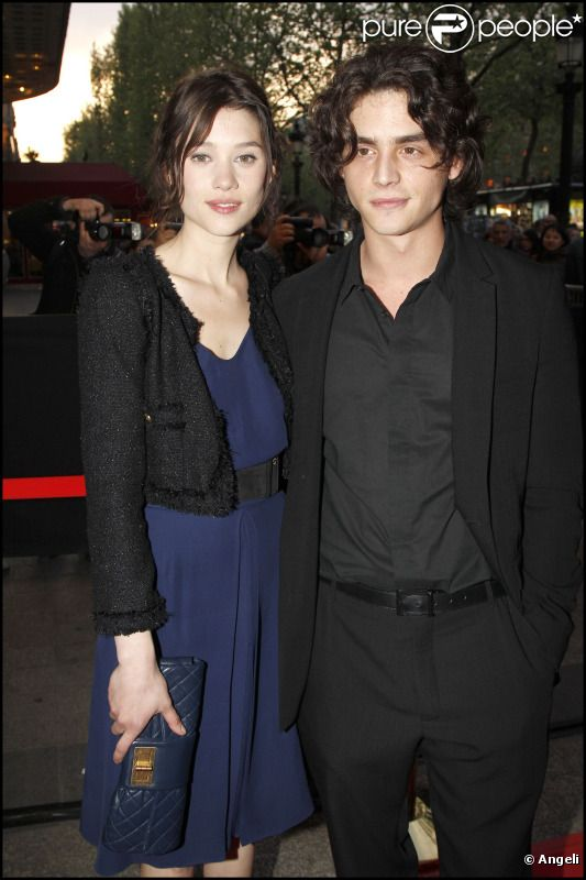 Astrid Berges-Frisbey couple