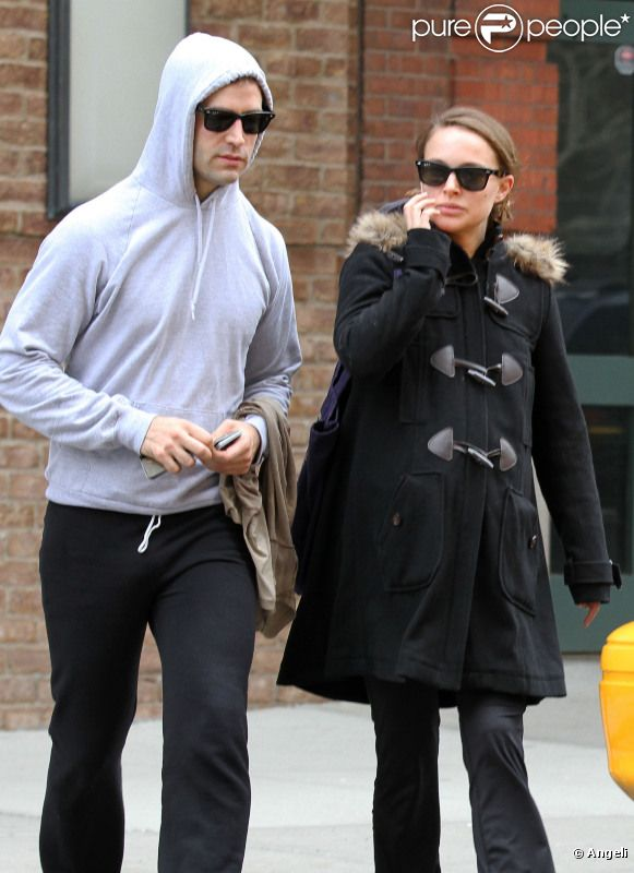 Natalie Portman et son fiancé Benjamin Millepied à New York le 15 avril 2011