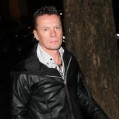 Un membre de U2 se prend pour Johnny Hallyday !