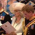 Le prince Charles, Camilla et le prince Harry dans l'abbaye de Westminster, à Londres, le 29 avril 2011.