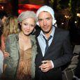 Pom Klementieff et Nicolas Bedos à l'occasion du Bal des Princesses 2011, qui s'est tenu à Paris, le 30 avril 2011.