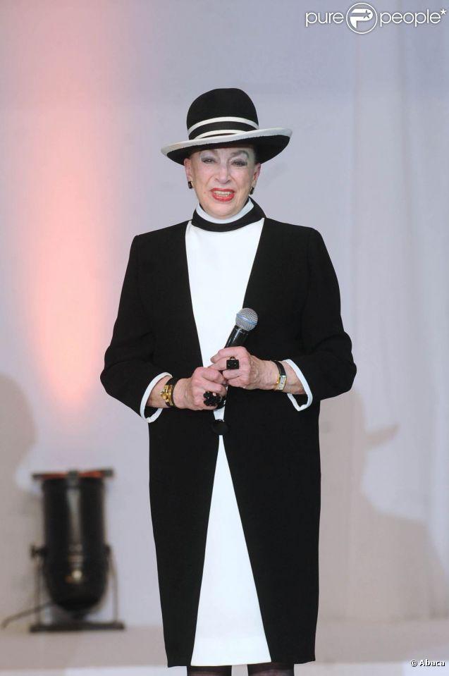 Geneviève de Fontenay, lors de l'élection de Miss Nationale, en décembre 2010, à Paris.