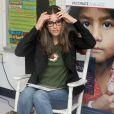 AAmanda Peet se joint à la Croix Rouge pour soutenir la lutte contre la rougeole dans le monde. New York, 9 mai 2011