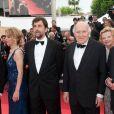 Nanni Moretti et Michel Piccoli lors de la montée des marches pour le film  Habemus Papam , dans le cadre du 64e Festival de Cannes, le 13 mai 2011.