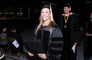 Sheryl Crow : A l'aube de ses 50 ans, elle est (enfin !) diplômée !