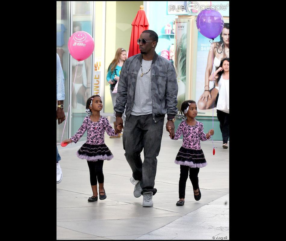 P. Diddy : Avec Ses Filles D'Lila Star Et Jessie James Il