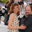 Florence Pernel et Denis Podalydès lors du photocall du film La Conquête au festival de Cannes le 18 mai 2011