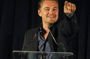 Leonardo DiCaprio rend hommage à Sean Penn devant une sublime Uma Thurman !