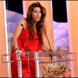 Maïwenn sur scène pour recevoir son prix du jury au festival de Cannes le 22 mai 2011