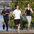 Connor, Tom Cruise et Katie Holmes en plein jogging en 2009