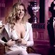 La ravissante Kate Upton pour la collection Bride de la marque Beach Bunny...