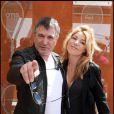 Jean-Marie Bigard et sa femme Lola Marois à Roland-Garros le 29 mai 2011 : unis pour le meilleur et pour le pire