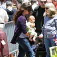Alanis Morissette, Mario Treadway et leur fils Ever, à Los Angeles, le 1er juin 2011.