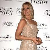 """Jennifer Aniston : Présentation officielle de son """"amoureux"""" ?"""
