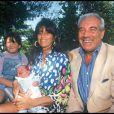 Franck Fernandel, son épouse Corinne Delahaye et leurs enfants Vincent et Manon en 1992.