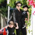 Nicole Richie et ses enfants ont accordé leurs tenues à Los Angeles le 16 juin 2011