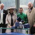 """""""Ascot 2011, jour 4, vendredi 17 juin 2011 : La princesse Haya Bint al Hussein, passionnée de sport hippique et propriétaire de chevaux, a pu conquérir un nouveau trophée avec la victoire du jockey William Buick. """""""