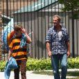 Mel Gibson partage un moment avec son fils Thomas à Malibu le 17 juin 2011