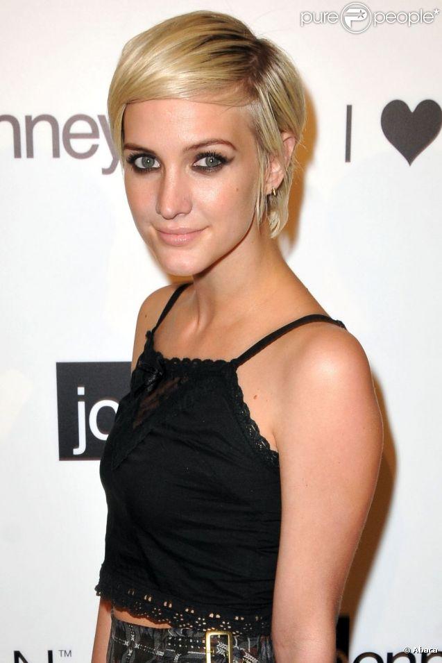 Ashlee Simpson célèbre la fête lcpenney de Charlotte Ronson et la marque d'habits 'I Love Ronson' à Hollywood le 21 juin 2011