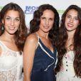 Le 23 juin 2011 à New York, Andie MacDowell est venue à la première de Monte Carlo avec ses deux filles