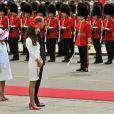 Le prince William et la duchesse Catherine de Cambridge à Ottawa, au Canada, pendant leur première visite officielle internationale en tant que  jeunes mariés, le 1er juillet 2011