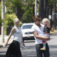 Gwen Stefani passent la journée avec son mari Gavin Rossdale et ses fils Kingston et Zuma à Los Angeles, le 2 juillet 2011