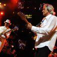 Carlos Santana en concert inaugural au 45e festival de Montreux, le 1er juillet 2011, avec notamment sa femme Cindy Blackman et l'Anglais John McLaughlin.