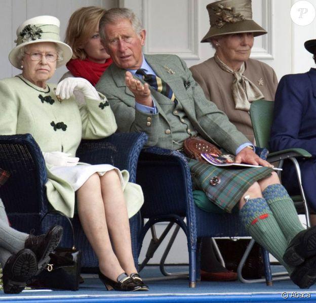 Le bilan 2010-2011 des dépenses publiques de la famille royale d'Angleterre montre les efforts de la reine Elizabeth II, mais ne plaide pas en faveur de son fils le prince Charles.