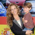 Sheryl Crow et son fils Wyatt, 4 ans, à l'avant-première de  Cars 2  à Los Angeles, le 18 juin 2011.