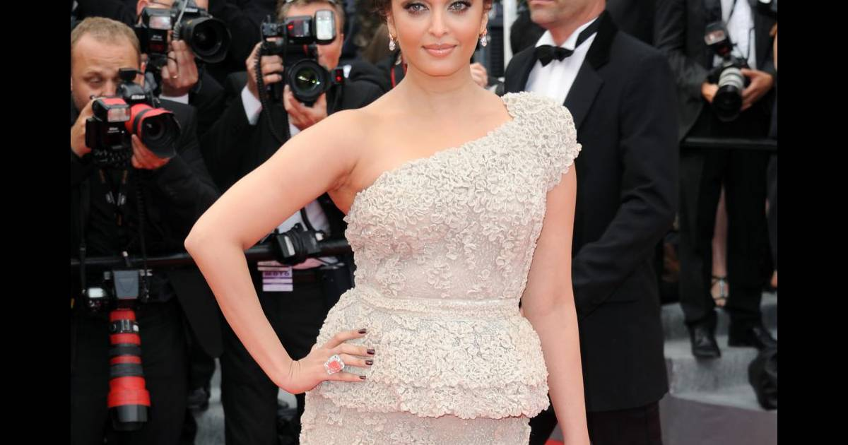 Aishwarya Rai : Enceinte, la star de Bollywood va être