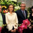 Le prince Laurent de Belgique et son épouse la princesse Claire sont exclus des représentations officielles de la famille royale, dont les cérémonies de la Fête Nationale du 21 juillet 2011.