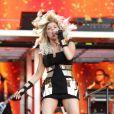 La chanteuse Fergie reforce son partenariat avec la marque de cosmétiques Avon et devient égérie de leur kit de coloration. Londres, le 1er juillet 2011.