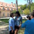 Image extraite du making of du shooting pour Le Soir Magazine avec Arnaud Lagardère et Jade Foret, le 5 juillet 2011.