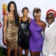 Kimora Lee, Erica Reid, Mary J. Blige et son mari Kendu à la soirée Art For Life chez Russell Simmons dans les Hampton, le 30 juillet 2011