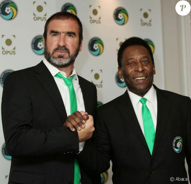 Eric Cantona et Pelé à Londres le 2 août 2011 présentent le livre du New York Cosmos