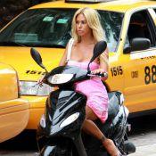 Shauna Sand : Extrêmement sexy sur un scooter... mais fauchée ?