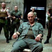 Ralph Fiennes : Le célèbre Voldemort continue la guerre mais version Shakespeare