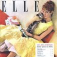 Brigitte Bardot à 20 ans, en couverture du magazine Elle. Août 1955.