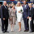 Célébration des 10 ans de mariage du prince Haakon et de la princesse Mette-Marit à Oslo, le 25 août 2011 : le couple royal est ravi de ce jour et cet amour qui a survécu aux tempêtes !