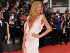 PHOTOS : Petra Nemcova a un sein qui se... dévoile !