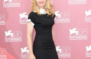 Mostra : Madonna, radieuse, sage et sérieuse pour son grand jour à Venise
