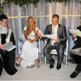 Mariage de Jean-Marie Bigard et Lola, au Café Barge, à Paris. L'abbé de la Morandais prononce l'union, avec un rabbin hollandais. Le 3 septembre 2011