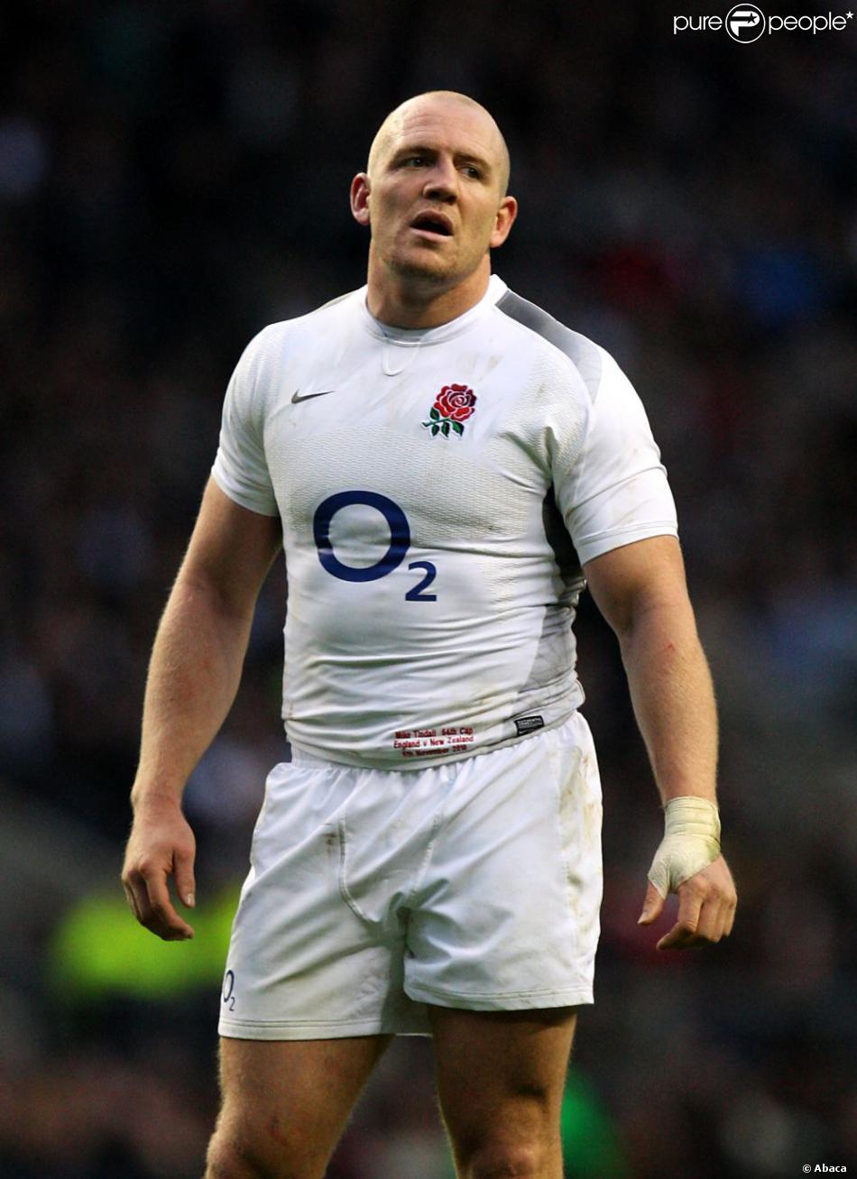 Mike tindall capitaine de l 39 angleterre durant la coupe du - Coupe du monde de rugby en angleterre ...