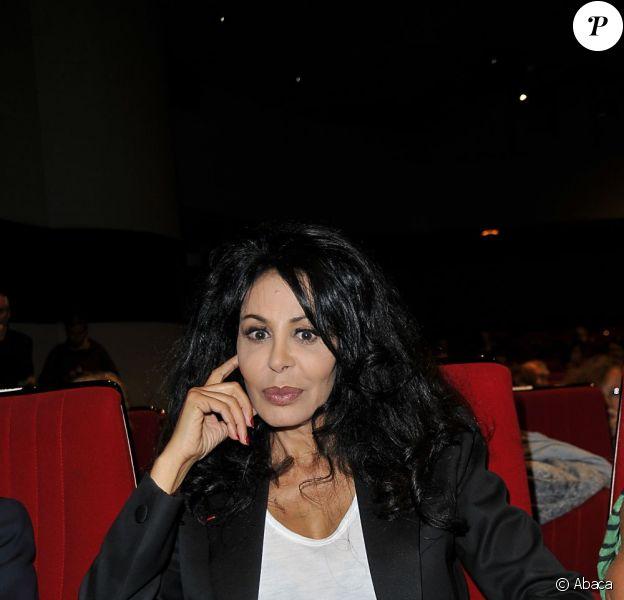 Yamina Benguigui lors de la vente aux enchères au profit de l'association la Roue Tourne le 19 septembre 2011 à Neuilly